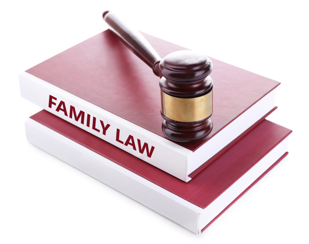 judge's gavel on family law books when choosing a good divorce attorney in Sylvan Lake